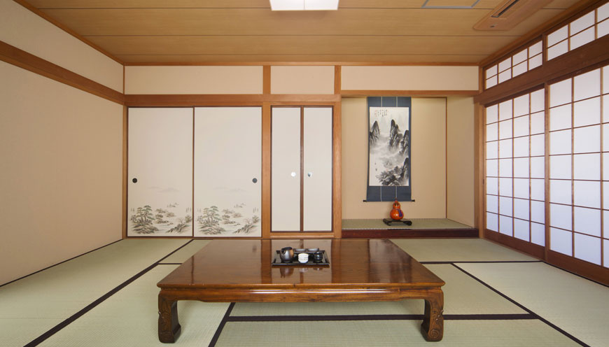 Traditional Japanese-style room. Accommodates up to 6 persons & SEIBIDO INN | Premium Room
